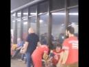 Ещё одно видео из аэропорта в Сочи. «У медиков ни хера нету. Всем по хрену что тут происходит. На нас всем насрать.»