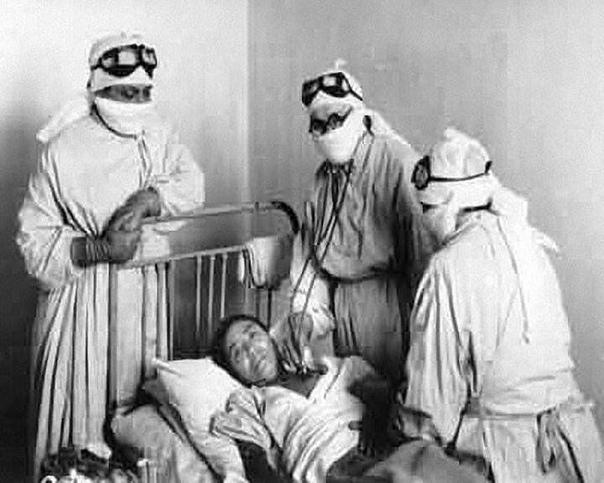 Оспа. Как Москва чуть не вымерла в 1960 году.В преддверии нового 1960 года Москва оказалось под угрозой распространения смертоносного заболевания оспы. В СССР заболевание побороли путем всеобщей