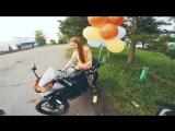 Реакция девушки на подаренный мотоцикл - девочка плачет от счастья