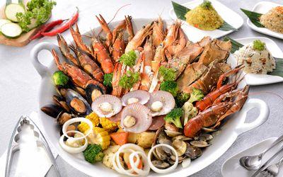 Аллергия после еды может наблюдаться от употребления сои.