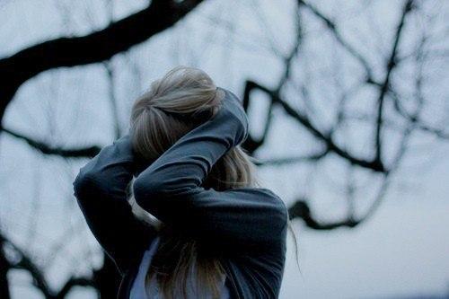 Əgər ağlıyıramsa yaşıyıram mən