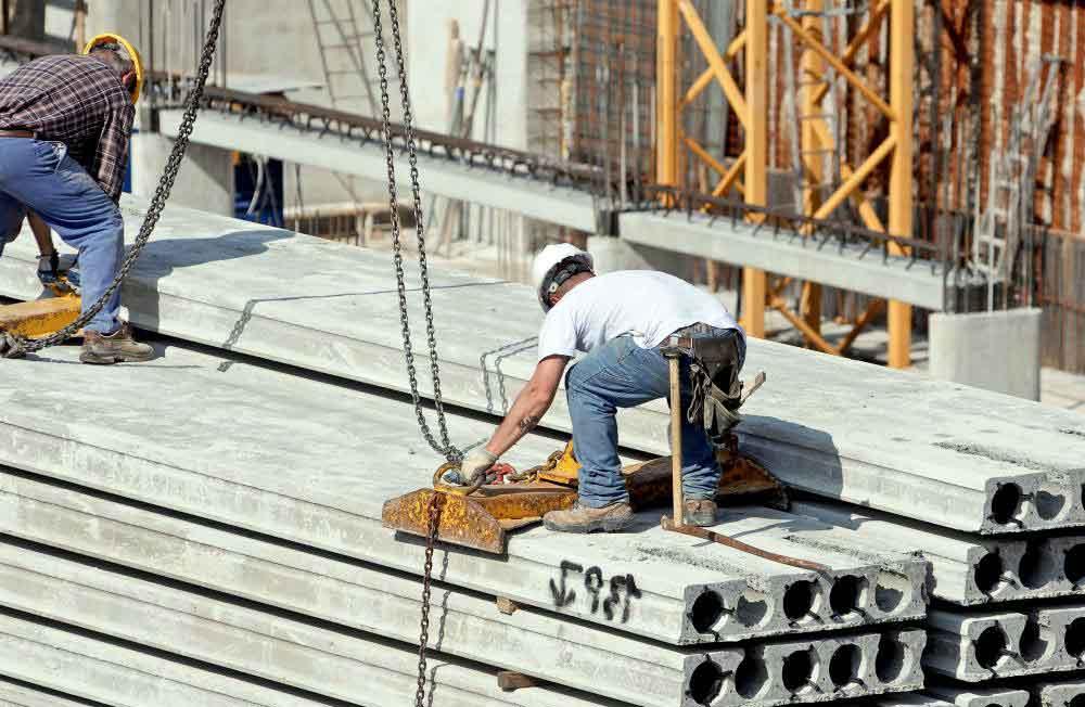 График работы по строительному контракту содержит дату начала и завершения проекта