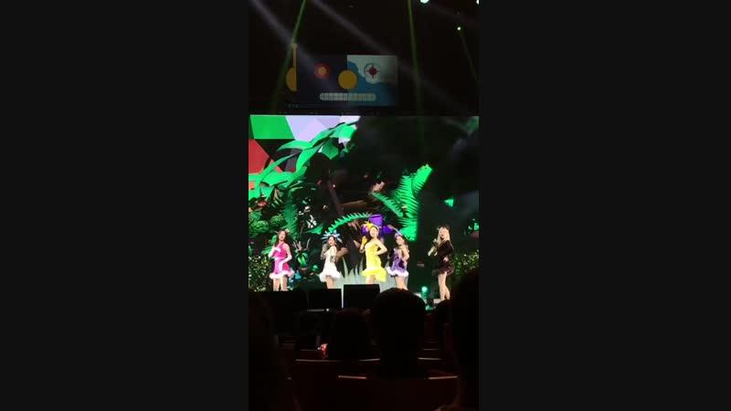 181020 Red Velvet - MR E @ `REDMARE` in Singapore