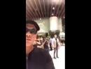 Ժան Կլոդ Վան Դամը Երևանում է։ Դերասանը օդանավակայանից ֆեյսբուքյան ուղիղ եթերով ողջունել է իր հետևորդներին