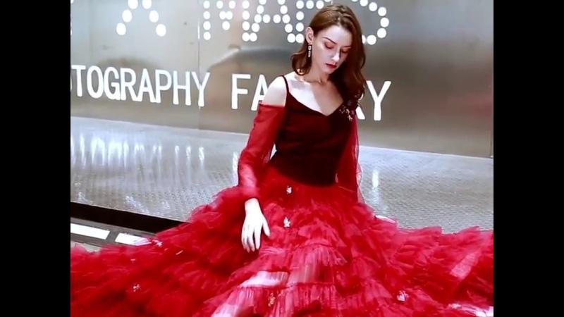 2019 NEW SEXY BURGUNDY EVENING DRESSES
