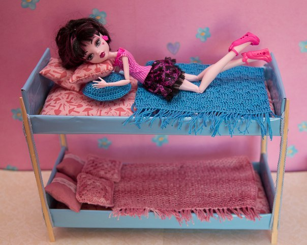Как делать вещи и мебель для кукол
