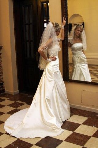 Свадебное платье цвета шампань 16 фото
