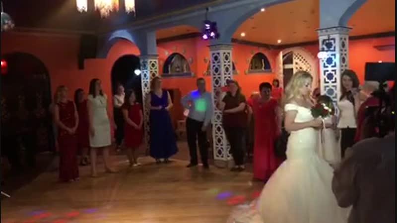 Букет невесты. Ресторан «Маракеш», Клёново.