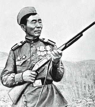 семён номоконов: сибирский шаман убил 367 вражеских солдат и офицеров. до зимы 1942 стрелял без оптического прицела. cо стороны оно и впрямь могло показаться, что знается охотник с нечистой