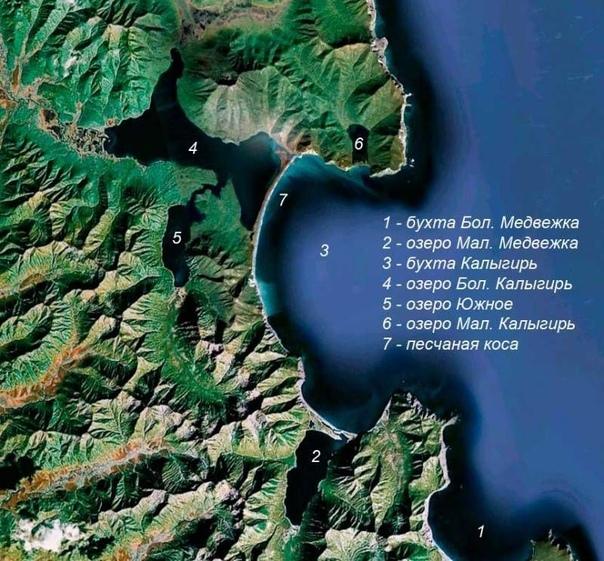 Тайна камчатского озера Большой Калыгирь Камчатка - край, где земля проявляет свой буйный нрав. Там извергаются вулканы, из-под земли бьют гейзеры, а кое-где выходят потоки ядовитых газов. В