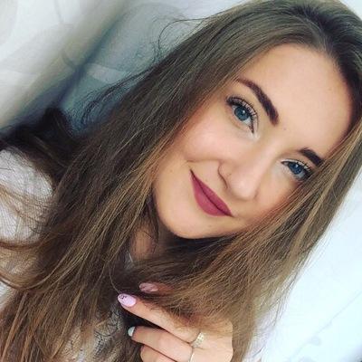 Полина Выллерова