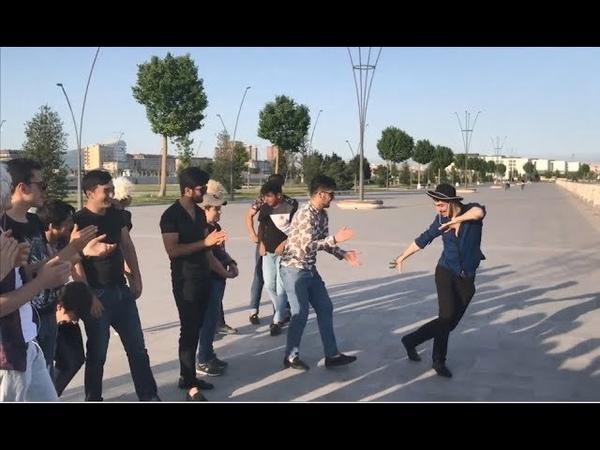 Лезгинка В Бульваре 2018 Парни Супер Танцуют Зажигательная Лезгинка Баку Белый Город