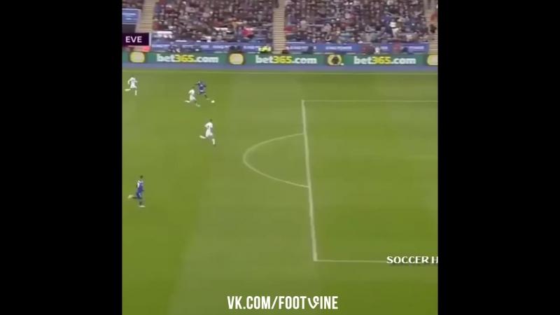 Техничный гол в ворота Эвертона