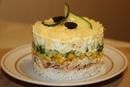 Салат из консервированной горбуши с кукурузой