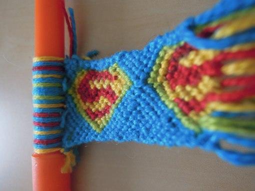 Фенечка Супермен( в процессе)