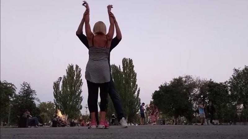 Firefly опен-эир в Гагаринском парке возле 3-х граций