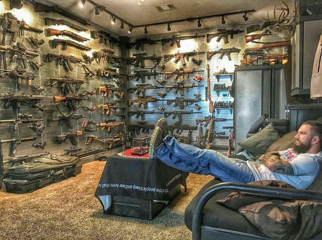 aCKumCAzd0U - Любовь к огнестрельному оружию
