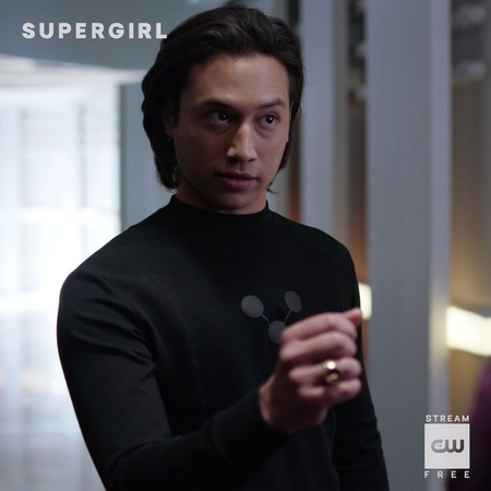 """Supergirl on Instagram: """"Number 1 Winn fan. Supergirl returns SUNDAY, October 14 on The CW! Catch up using the link in our bio."""""""