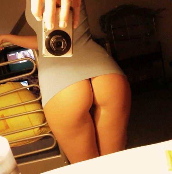 Селфи голых попок фото