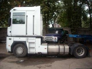 Продажа б у трактора снегоуборочнога