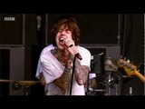 Bring Me The Horizon perform 'Blessed With A Curse' at Reading Festival 2011 - BBC