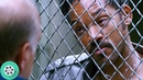 Криса Гарднера задерживает полиция за неуплату штрафа. В погоне за счастьем 2006 год.