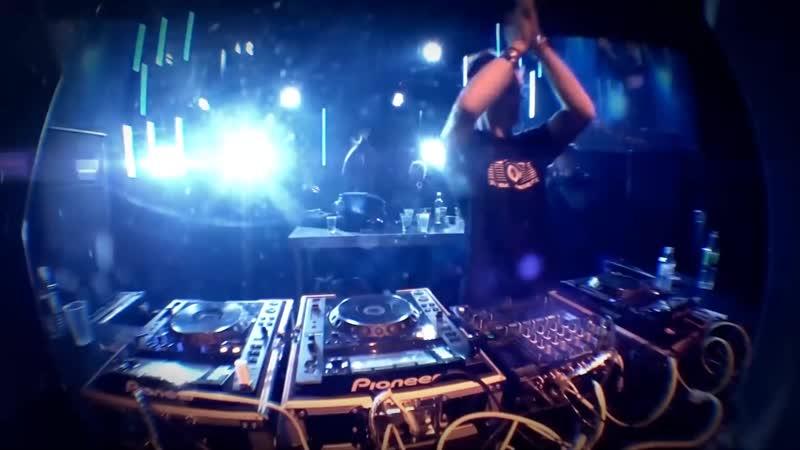 DJ Gollum feat. DJ Cap - Dont Look Back