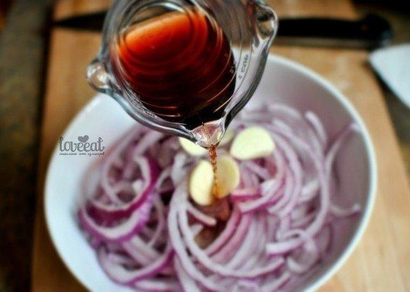 Маринованный красный лук рецепт с фото