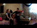Melissa - педагог по вокалу и гитаре распевает свою ученицу Дарину
