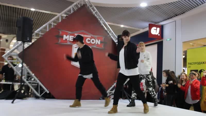 Cover mic drop bts megacon 2018
