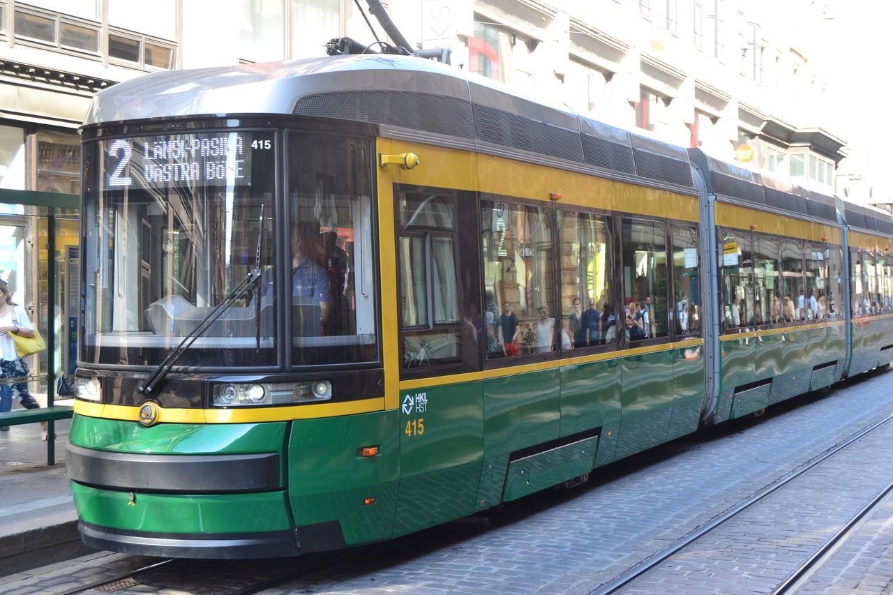 По трамвай этого маршрута попал берлиоз