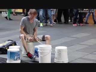 Представляю что на нормальных барабанах он выдает