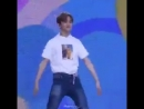 When mark fell and renjun bursted out laughing