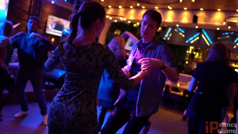 Salsa. Live || Sunday Salsa party