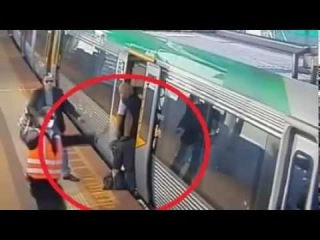 [WATCH] Commuters Push Train To Free Trapped Passenger In Perth, Australia | VIDEO