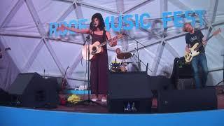 Женя Любич Russian Girl 16.08.2018, Санкт-Петербург - Концерт на крыше Roof Music Fest