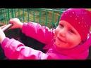Влог/VLOG Вика в парке катается на Ужасной ГУСЕНИЦЕ