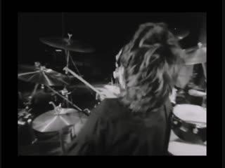 roger drumming while smoking