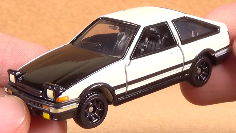 Dream Tomica 145 Initial D AE86 Trueno Black (Takara Tomy Japan Diecast Car Collection Unboxing)