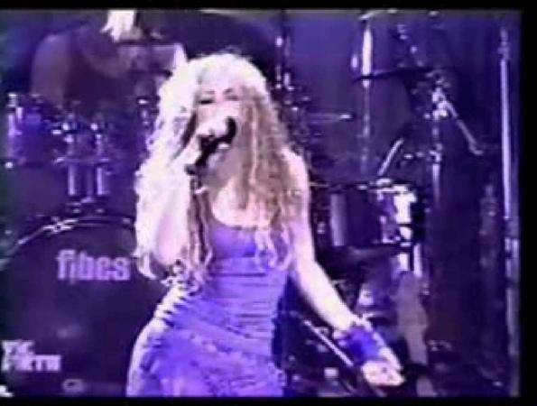 Shakira - 04 - Donde estan los ladrones (Anfibio Tour 2000)