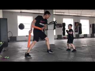 Джубатыров Алан 6 лет боксом занимается один месяц 👍🌪💥