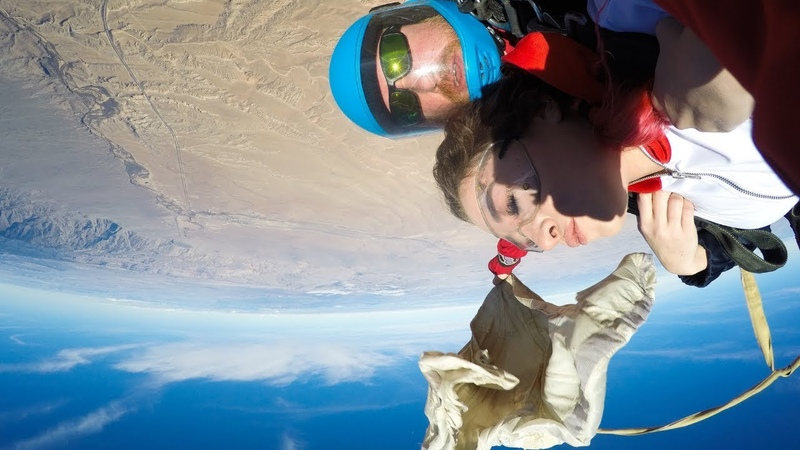 Tandem Skydive GONE WRONG (foot caught in drogue chute)