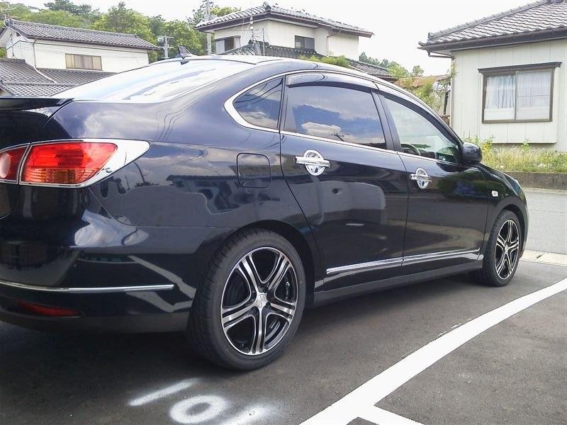 Nissan Bluebrid G11