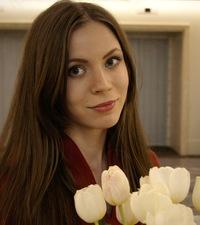 Лена Хватова