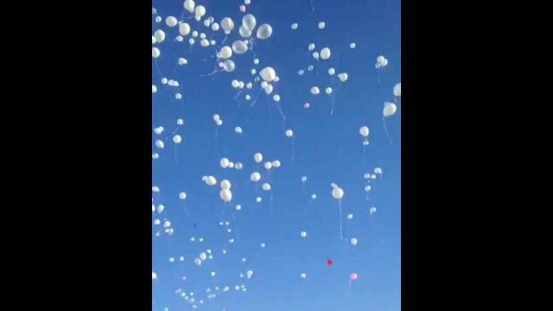 Запуск шаров в память Кемерово 25.03.2018, г.Барнаул