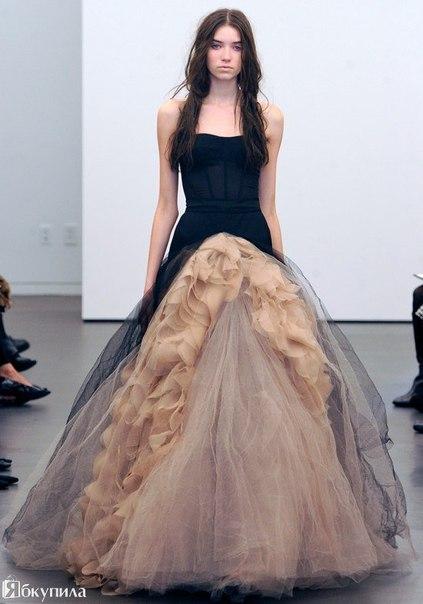 Шикарные платья от Vera Wang.