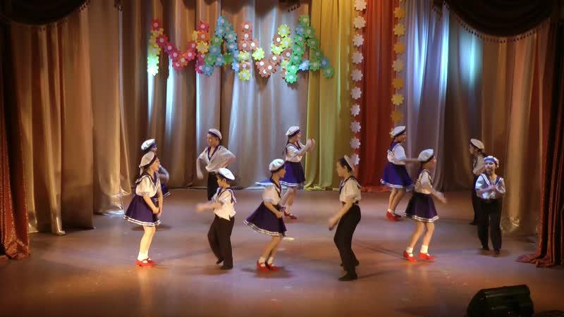 Концерт посвящ Дню Матери 30 11 Матросский танец Рук ль К Старцева