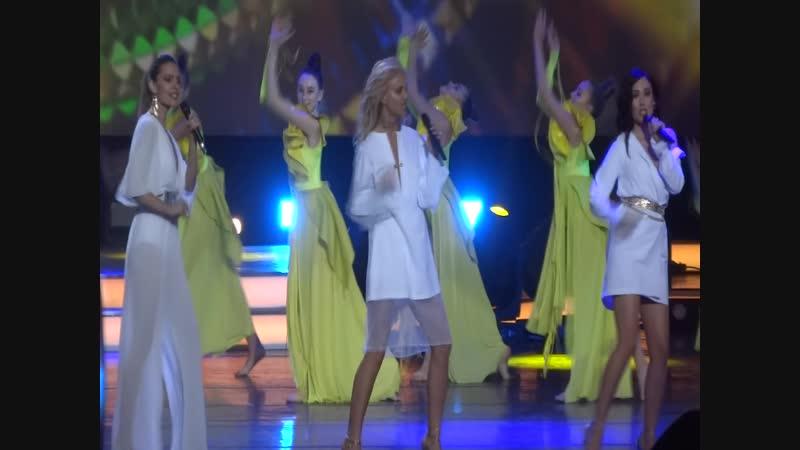 Фабрика - Бабочки (Праздник для всех влюблённых на МУЗ ТВ. Москва. 14.02.19)