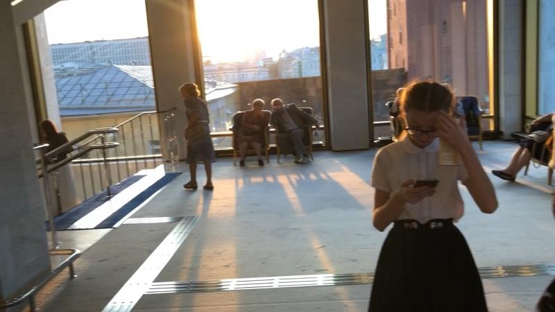 Ожидание начала концерта в Кремлёвском дв
