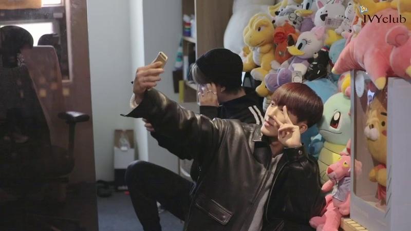 [아이비클럽] 스트레이키즈 음원 녹음 인터뷰 영상_창빈 (IVYclub_2019 Stray Kids Interview_Chang Bin)